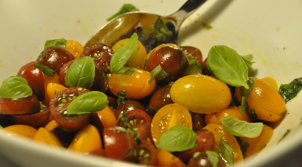 isabellas tomatsalat med flere farver tomater